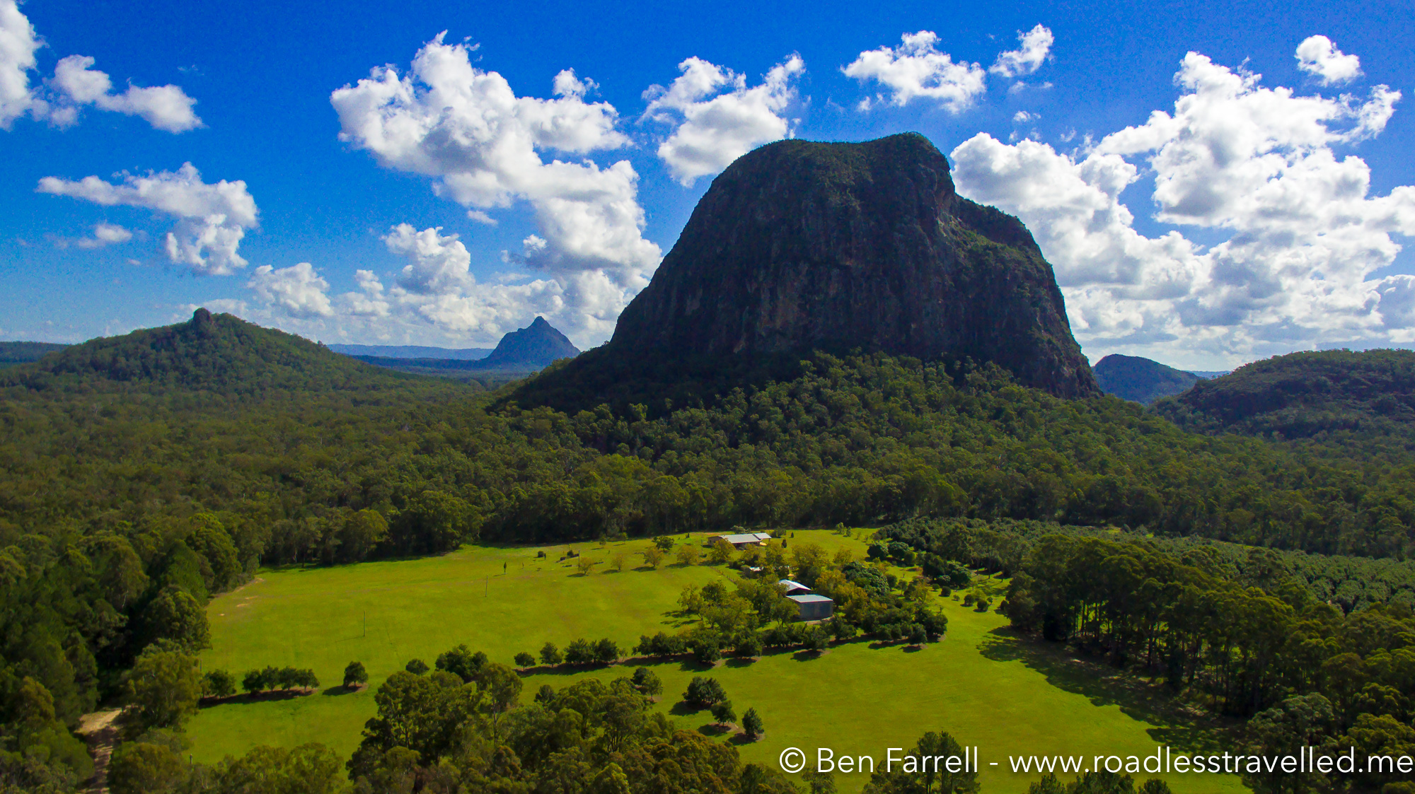 Glass House Mountains » Road Less Travelled